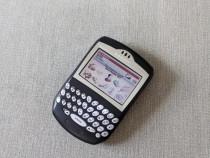Blackberry 7290 telefon vintage cu tastatura qwerty fabricat