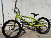 Bicicleta BMX Eastern Bikes 2014