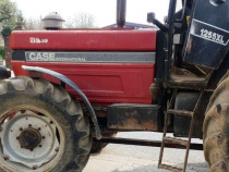 Tractor Case IH 1255xl, cutie viteze mecanica 4x4. IMPORT
