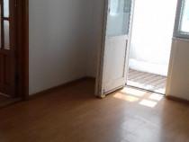 Proprietar inchiriez apartament 2 camere Km 4-5 nemobilat.