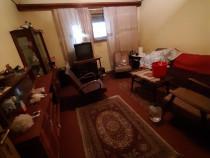 Casa Cartier Râfov, 3 camere, zonă liniștită, teren 190 mp
