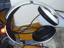 Căști Bluetooth Over-Ear