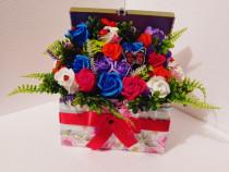 Aranjament din flori de sapun