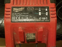 Incarcator Milwaukee C18C defect