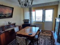 Apartament patru camere-Centru