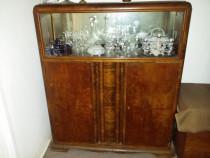 Comoda cu vitrina lemn masiv nuc, vintage, 1940