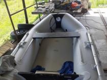 Barca gonflabila 2.7m