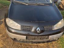 Dezmembrez Renault megane 2 din 2005