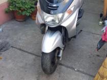Scuter suzuki burgman 400cc 2005 import italia