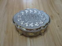 Cutie supeba pt. bijuterii, vintage, argintata-ieftina