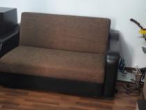 Canapea extensibila.