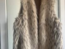 Vesta de blana Zara