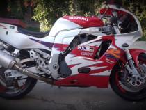 Moto Suzuki GSX-R 750 posibilitate de dezmembrare