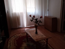 Inchiriez apartament 2 camere, zona Vest