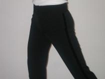 Pantaloni ptr.dans sportiv,rochite clasa hobby, la comanda
