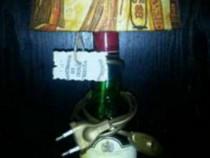 Lampi cu picior din sticla de whisky