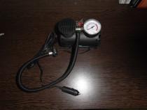Pompa electrica de umflat rotile