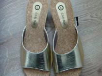 Papuci noi, din piele ecologica aurie