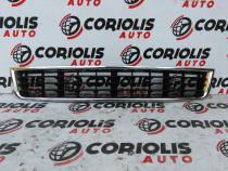 Grila centrala din bara Audi A4 2000 - 2004