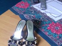 Sandale marimea 36
