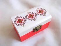 Cutie lemn cu motiv traditional 27889