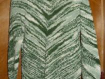 Pulover de dama ,rochie