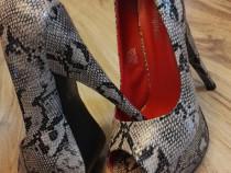 Pantofi / Sandale - platforma - sarpe!