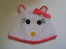 Căciulă Hello Kitty albă
