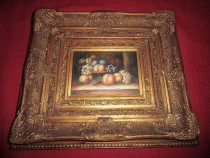 Tablou pictura pe placaj incadrat intr~o rama bogat ornata.