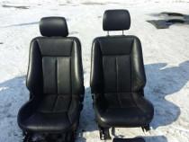 Set scaune aproape impecabile piele neagra w210