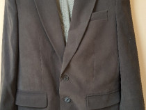 Costum barbati 2 piese,marime 44 +3 perechi pantaloni gratis