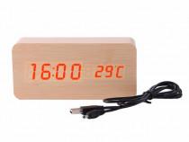 Ceas digital din lemn cu LED-uri - maro inchis sau deschis