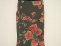 Fusta noua, elastica, verde kaki, cu trandafiri colorati