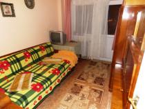 Apartament de 80 mp 4 camere decomandat valea aurie