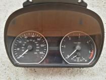 Ceasuri bord BMW seria 1, 2.0 d, 2007, cod 1024982-85