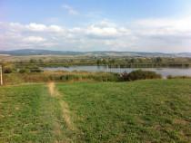 Teren pe malul lacului Rotbav, jud.Brasov 7500mp