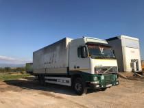 Camion Volvo 420