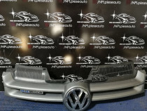 Grila radiator vw golf 5