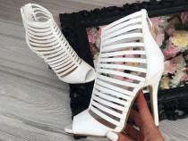 Sandale import Italia/new model /foarte comode