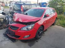 Usa stanga fata Opel Astra J 1.6T 180CP 2012