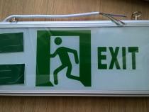Lampa Exit-iesire noi la cutie