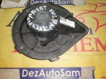Ventilator Habitaclu Passat ,Audi A4 cod 8d2820021