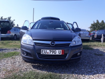 Opel astra 2010 a 8 a