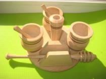 Set lemn masiv model rustic pt. miere de albine stare buna.