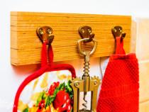 Mini cuier de perete handmade lemn masiv bucatarie tamplarie