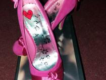 Pantofi eleganti cu toc