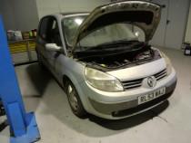 Dezmembrez Renault Scenic