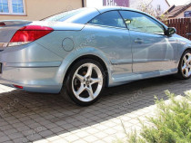 Prelungire tuning sport bara spate Opel Astra H TwinTop v2
