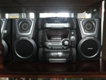 Combină muzicală Panasonic cu 5 CD-uri