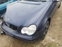 Mercedes C220 cdi 2001 fara motor
